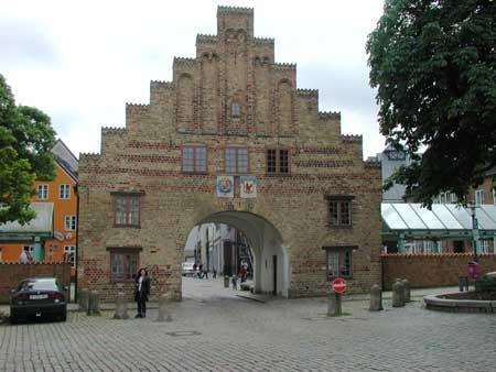 sie sucht ihn kostenlos Flensburg